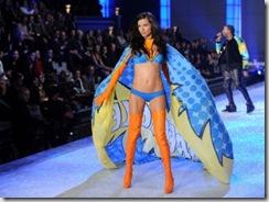 Adriana Lima Kanye West  Victorias Secret
